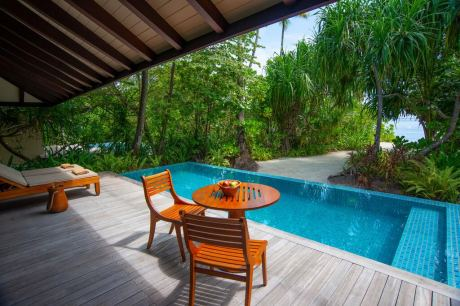 Почивка в The Residence Maldives Dhigurah 5*